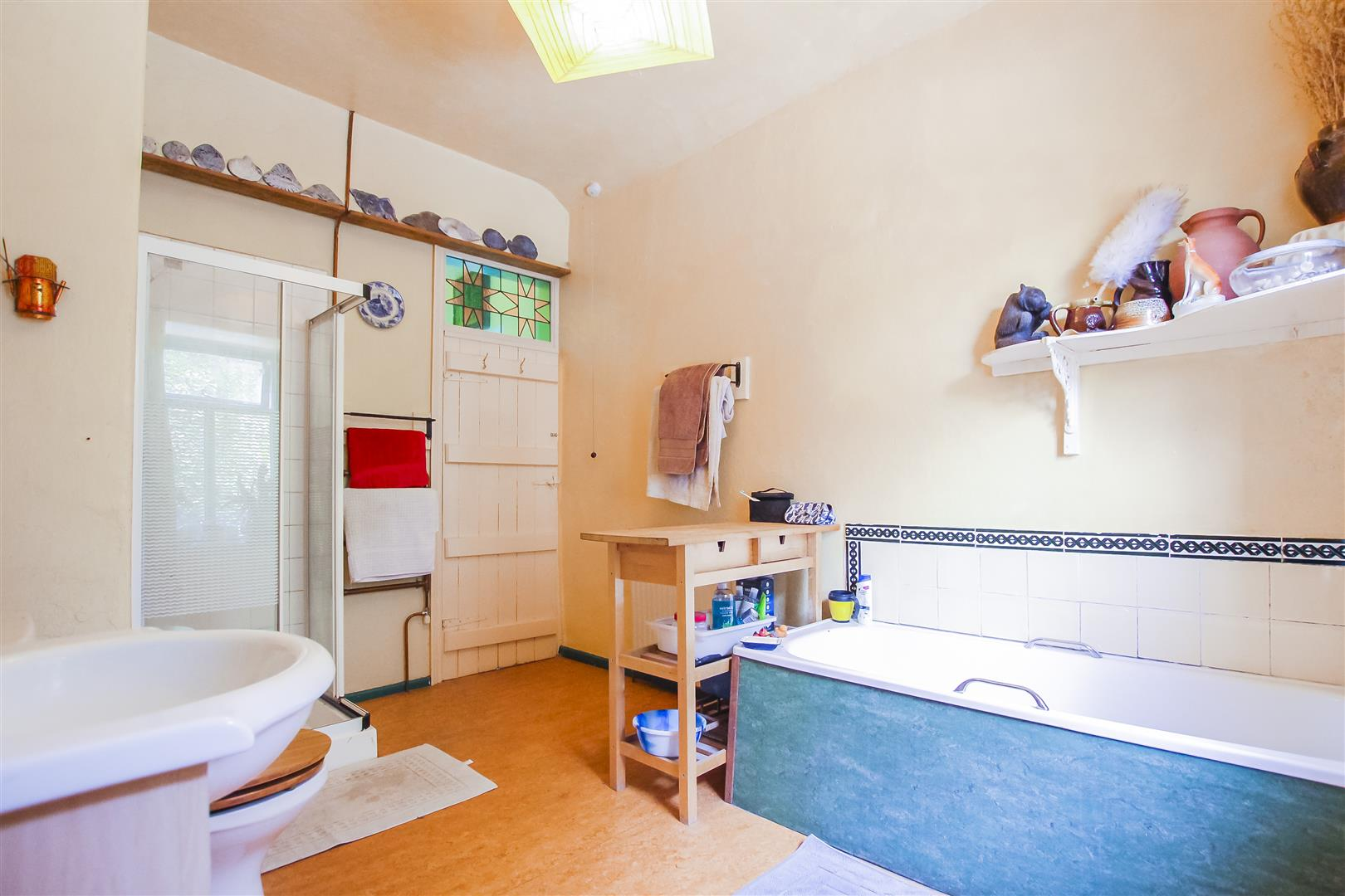 5 Bedroom Farmhouse For Sale - Image 10